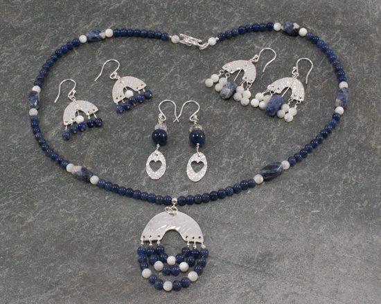 website_sodalite_silver_calcite_slate_set-0634